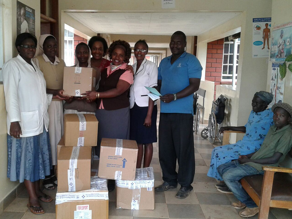 Ms. Dalidzu Cheredi delivering medicines to the Itando Health centre.